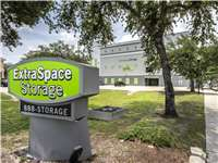 Image of Extra Space Self Storage Facility on 2301 W Cleveland St in Tampa, FL