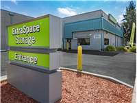 Image of Extra Space Self Storage Facility on 999 E Bayshore Rd in Palo Alto, CA