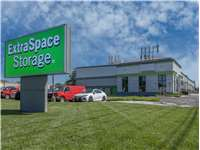 Image of Extra Space Self Storage Facility on 74 State Rt 17 in Hasbrouck Heights, NJ