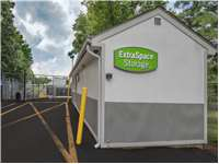Image of Extra Space Self Storage Facility on 725 U.S. 1 in Iselin, NJ