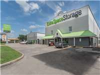 Image of Extra Space Self Storage Facility on 3535 Katy Fwy in Houston, TX