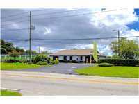 Image of Extra Space Self Storage Facility on 4750 62nd Ave N in Pinellas Park, FL