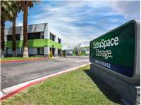 Image of Extra Space Self Storage Facility on 1000 N Farrell Dr in Palm Springs, CA