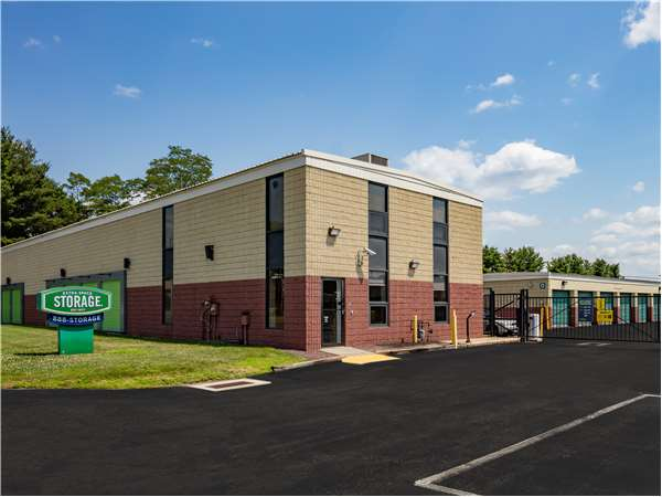 Image of Extra Space Storage Facility on 171 Roberts St in East Hartford, CT