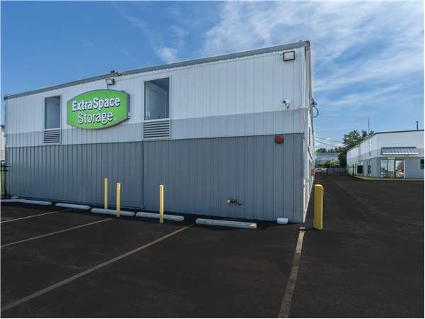 Image of Extra Space Storage Facility on 282 S Gulph Rd in King of Prussia, PA