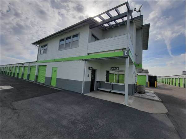Image of Extra Space Storage Facility on 311 W Rossi St in Salinas, CA