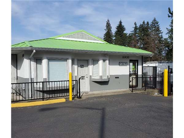 Image of Extra Space Storage Facility on 11430 SW Murray Blvd in Beaverton, OR