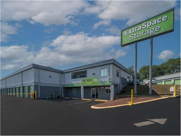 Image of Extra Space Storage Facility on 3744 Annex Ave in Nashville, TN