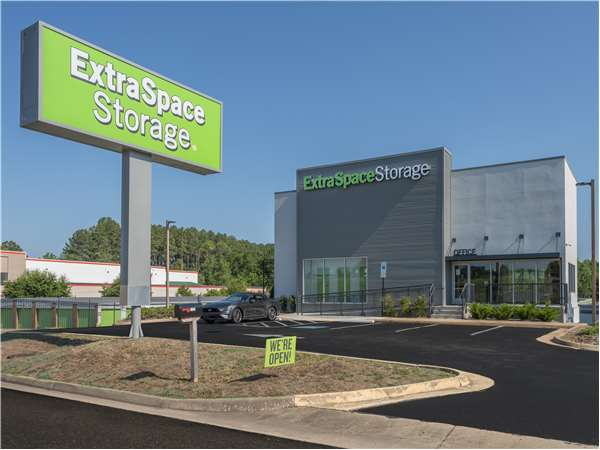 Image of Extra Space Storage Facility on 2403 Plank Rd in Fredericksburg, VA