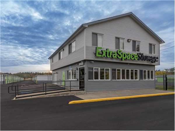 Image of Extra Space Storage Facility on 2820 Rte 32 in Saugerties, NY