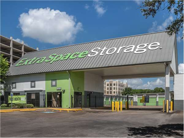 Image of Extra Space Storage Facility on 8600 S Main St in Houston, TX