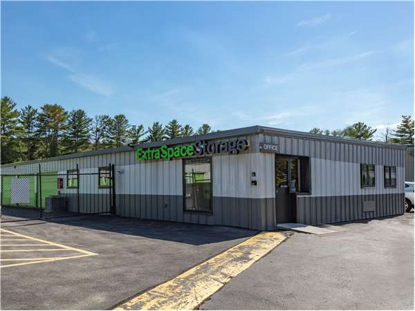 Image of Extra Space Storage Facility on 565 Main St in Hudson, MA