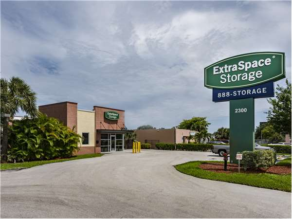 Image of Extra Space Storage Facility on 2300 N Military Trail in West Palm Beach, FL