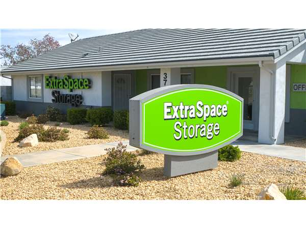 Image of Extra Space Storage Facility on 37352 Sierra Hwy in Palmdale, CA