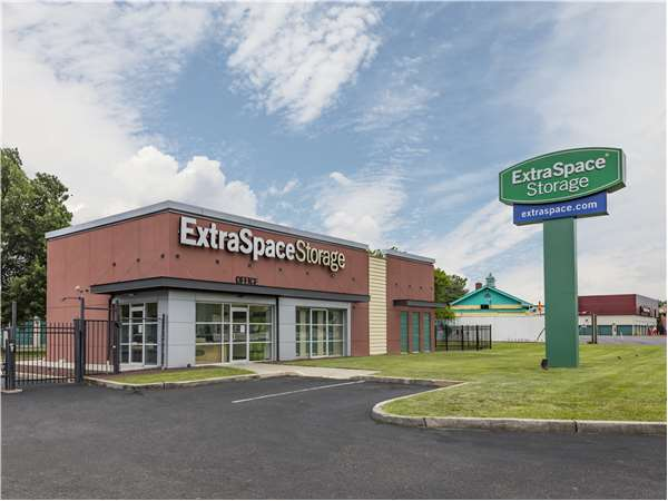 Image of Extra Space Storage Facility on 1110 State Route 36 in Hazlet, NJ