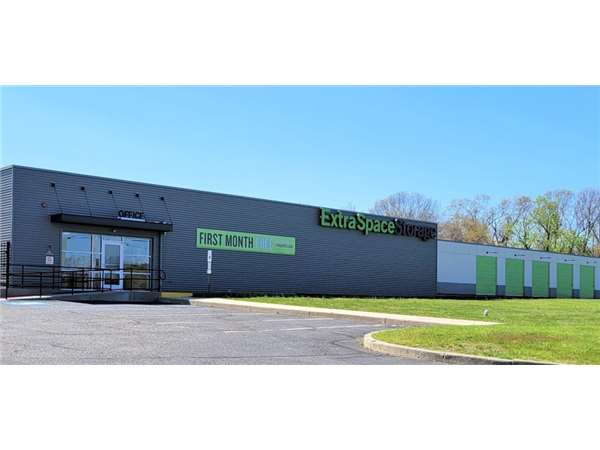 Image of Extra Space Storage Facility on 5440 U.S. 9 in Howell, NJ