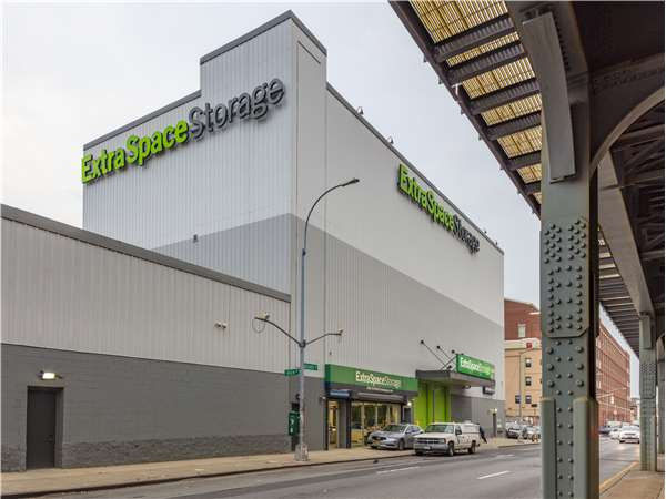 Image of Extra Space Storage Facility on 1540 Atlantic Ave in Brooklyn, NY