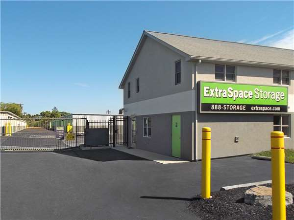 Image of Extra Space Storage Facility on 99 2nd Ave in Collegeville, PA