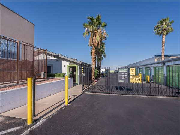 Image of Extra Space Storage Facility on 3250 N Buffalo Dr in Las Vegas, NV