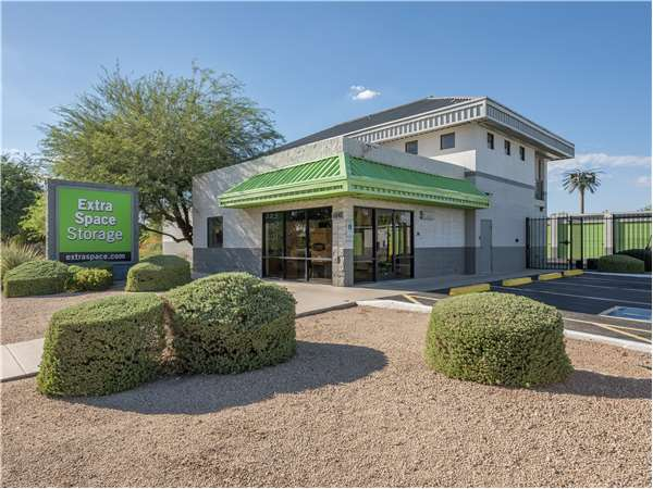 Image of Extra Space Storage Facility on 6840 E Madero Ave in Mesa, AZ