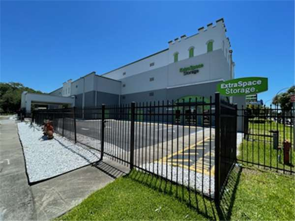 Image of Extra Space Storage Facility on 3501 S Orange Blossom Trail in Orlando, FL