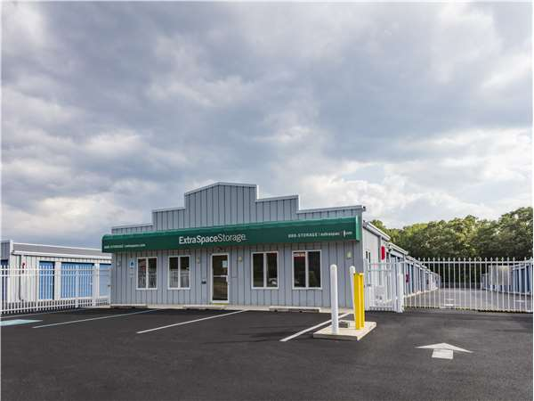Image of Extra Space Storage Facility on 900 S Egg Harbor Rd in Hammonton, NJ