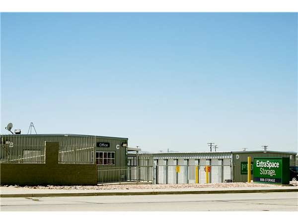Image of Extra Space Storage Facility on 1616 Rosamond Blvd in Rosamond, CA