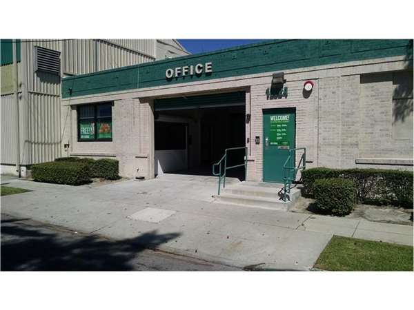 Image of Extra Space Storage Facility on 12024 Center St in South Gate, CA