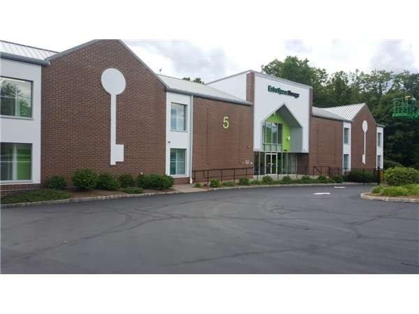Image of Extra Space Storage Facility on 5 Changebridge Rd in Montville, NJ