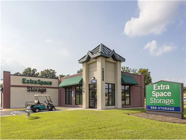 Image of Extra Space Storage Facility on 10225 Washington Hwy in Glen Allen, VA
