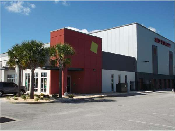 Image of Extra Space Storage Facility on 2100 US 301 N in Palmetto, FL